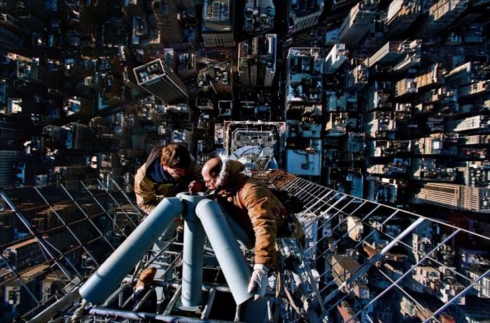 103-этажный небоскрёб, расположенный на Манхэттене. Самое высокое здание Нью-Йорка.