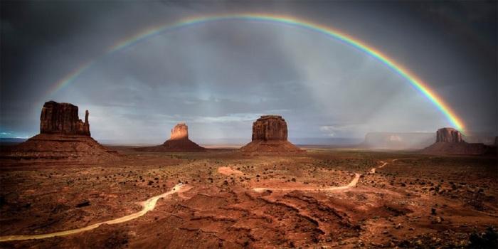 В топ-10 категории «Природа/Пейзаж» вошел швейцарский фотограф Фредерик Хубер (Frederic Huber).