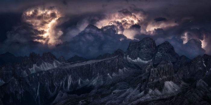 10-е место в категории «Природа/Пейзаж» присуждено итальянскому фотографу Изабелле Табаччи (Isabella Tabacchi).
