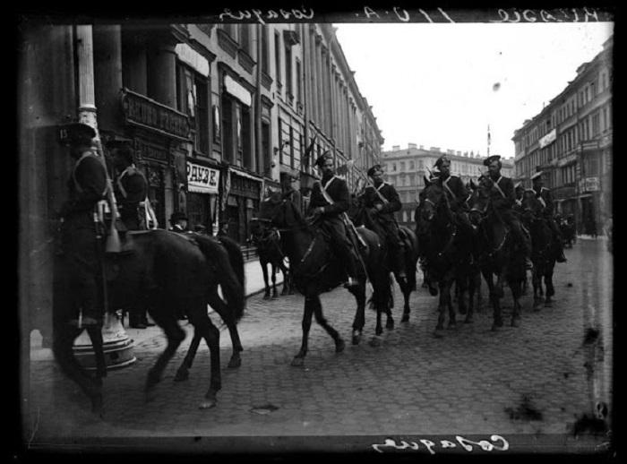 Драгуны конной службы. Россия, 1900 годы.