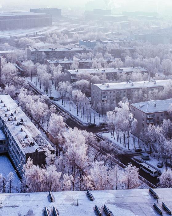 Кристина Макеева снимает свой любимый город не только в праздничном облике – так выглядят «сонные» утренние улицы Москвы.