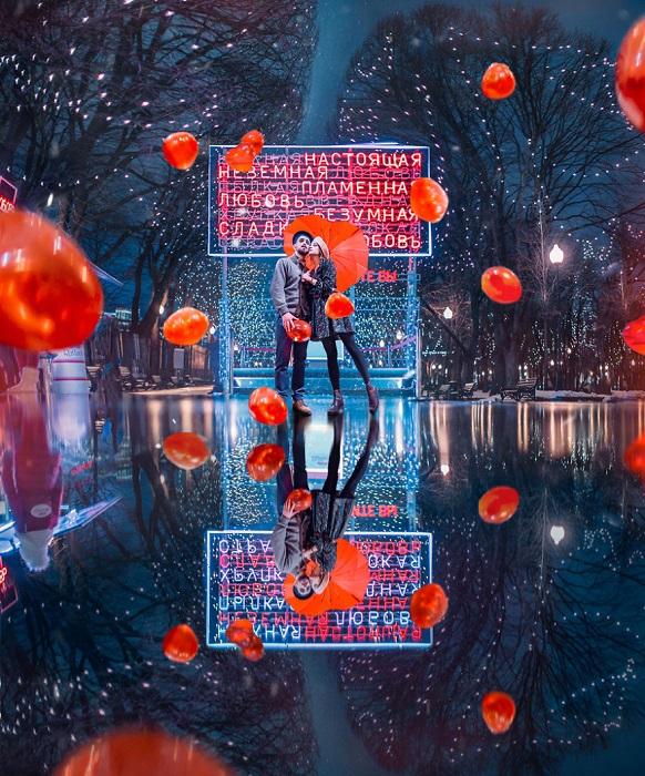 Парочка влюбленных, очарованных волшебством и предпраздничной атмосферой города Москвы.