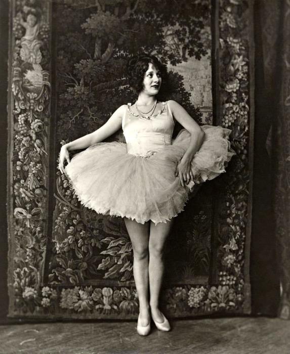 Актрисы 20-х годов выступали в разных трупах и разных образах.