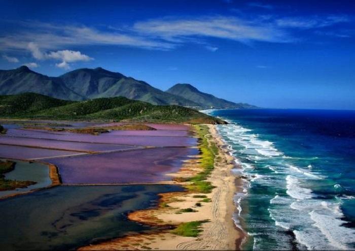 Один из самых популярных курортов страны.