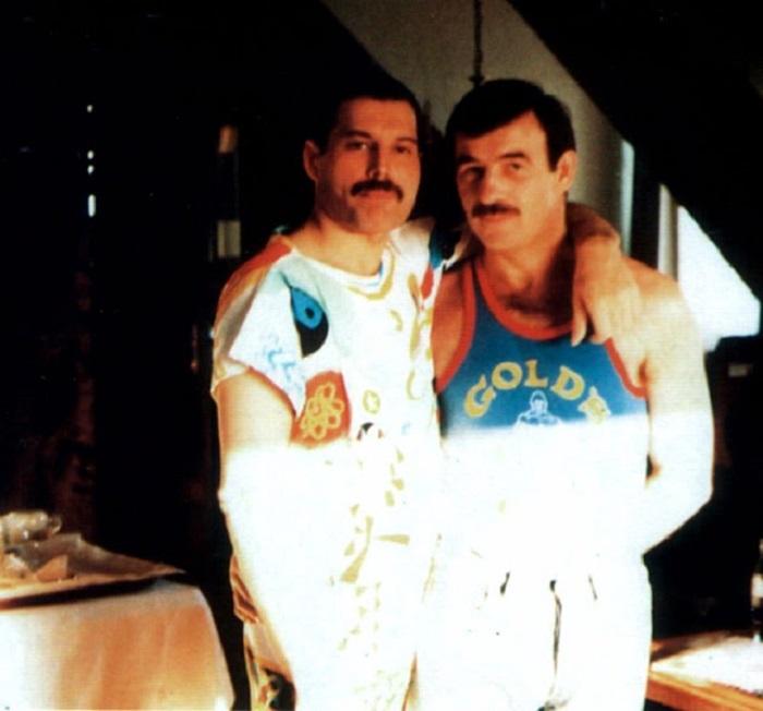Несмотря на все трудности, которые выпали на долю Фредди и Джима, партнеры всегда поддерживали друг друга.