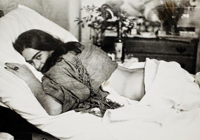 Преодолевая боль... Фотограф: Миклош Мураи, 1946 год.