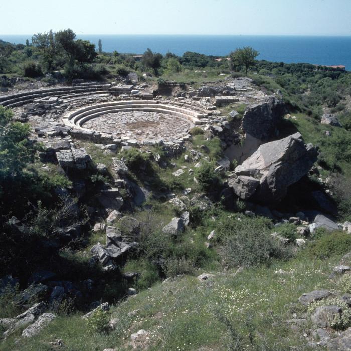 Самофракия. В древности, на острове совершались тайные ритуалы «мистики Каверии».