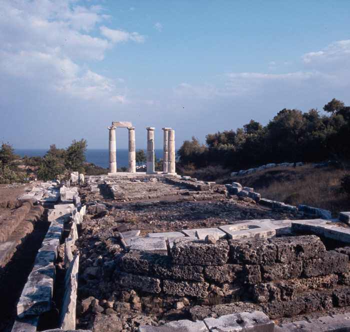Храм-ротонда Арсинойон на Самофракии.
