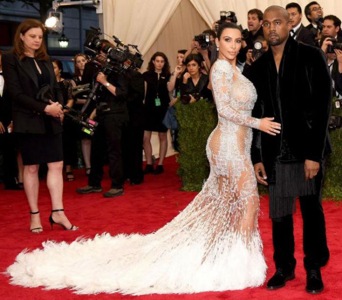 Ким Кардашья - американская звезда реалити-шоу, актриса, фотомодель, светская львица.