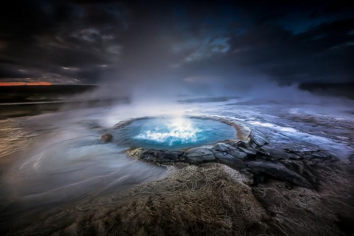 Фотография Alban Henderyckx «Тёмный кратер».