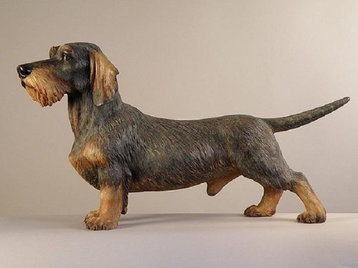 Гиперреалистичная скульптура охотничьей собаки, выполненная из дерева талантливым австрийцем Джузеппе Румерио (Giuseppe Rumerio). | Фото: wood-sculptor.info