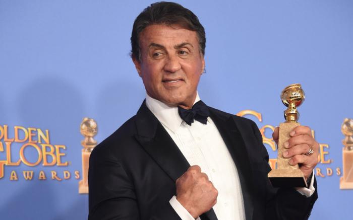 69-летний актер стал победителем в категории «Лучший актёр второго плана» за роль Рокки Бальбоа в фильме «Крид: Наследие Рокки».