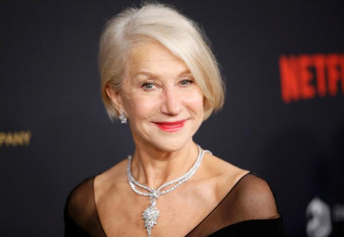 Была номинирована на «Золотой глобус» за роль в фильме «Трамбо».