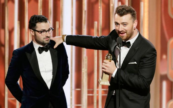 Победа в категории «Лучшая песня» за саундтрек к фильму о Джеймсе Бонде «007: Спектр» «Writings on the Wall».