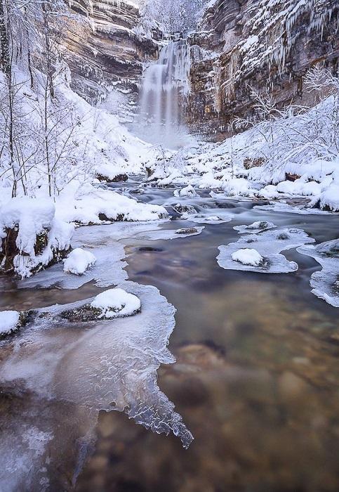 60-метровый водопад.