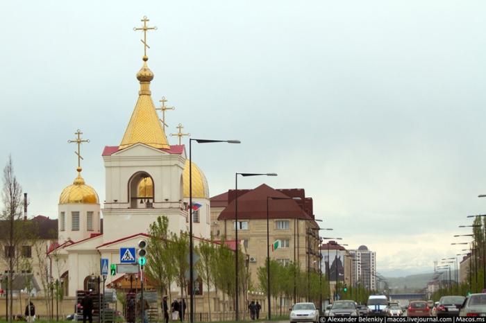 Православный храм Михаила Архангела.