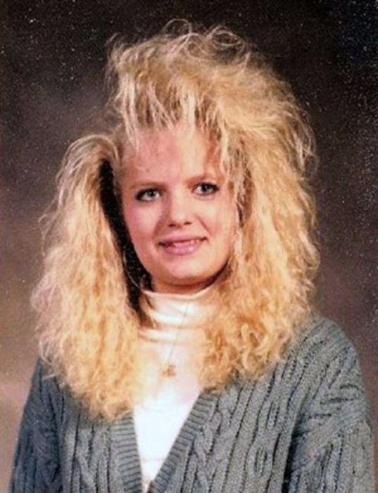 …проснулась, зафиксировала лаком для волос и красивая отправилась на работу.
