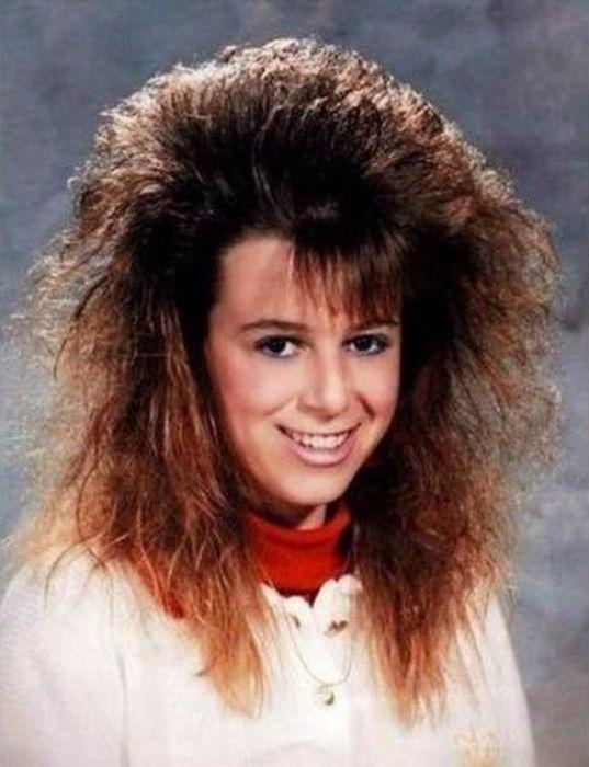Если невозможно было расчесать пальцами волосы – значит лака нанесено достаточное количество.