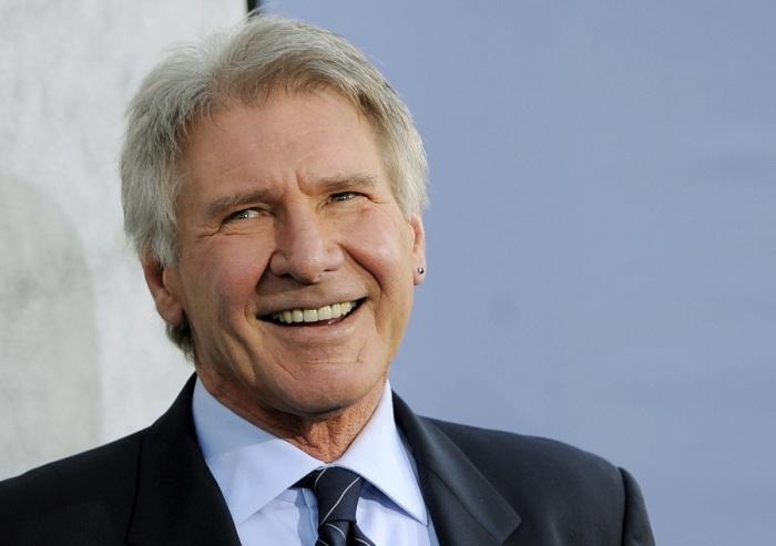 Американский актёр и продюсер, номинант на премию «Оскар», BAFTA, четырёхкратный номинант и обладатель специальной премии «Золотой глобус».
