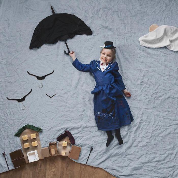 Пенни отправляется в долгожданное путешествие.. с помощью зонтика!