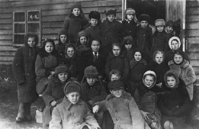 4«А» класс, деревня под Смоленском, 1948 год.