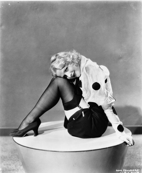 Популярная голливудская актриса 1930-х годов.