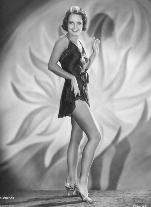 Американская актриса с 1930 по 1960-е годы.