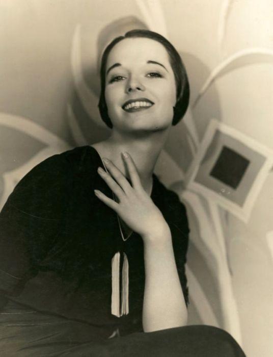 Актриса и танцовщица из США снялась в нескольких фильмах в период с 1925-го по 1938-й год.