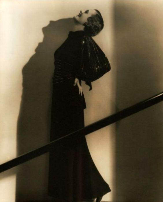 Обладательница премии «Оскар» за лучшую женскую роль второго плана впоследствии написала автобиографию, ставшую бестселлером.