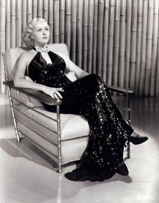 Большую часть своих ролей американская актриса сыграла в комедийных и мистических кинокартинах.