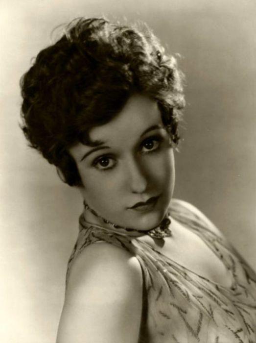 Канадская киноактриса появилась в 45 фильмах, которые снимались в период между 1928-м и 1937-м годами.