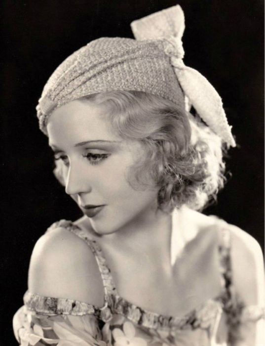 Киноактриса и модель из США заняла второе место на конкурсе красоты «Мисс Америка» в 1925 году.