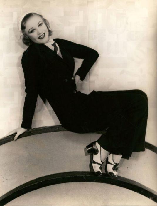 Американская актриса и танцовщица, которая снималась в музыкальных фильмах в паре с хореографом Фредом Астером (Fred Astaire).