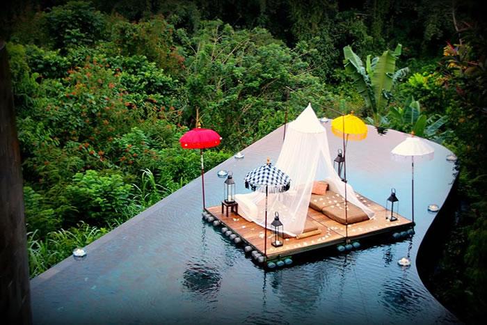Отель – настоящий эдем, где в мире и спокойствии бьется тропическое сердце Бали.