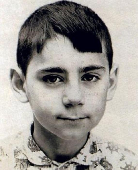 Иосиф Пригожин в детстве.
