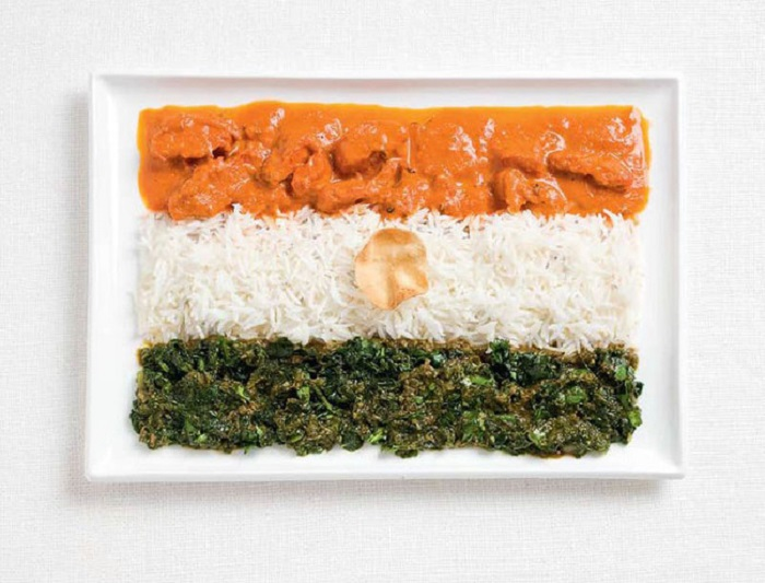 Курица карри, рис, местные овощи.