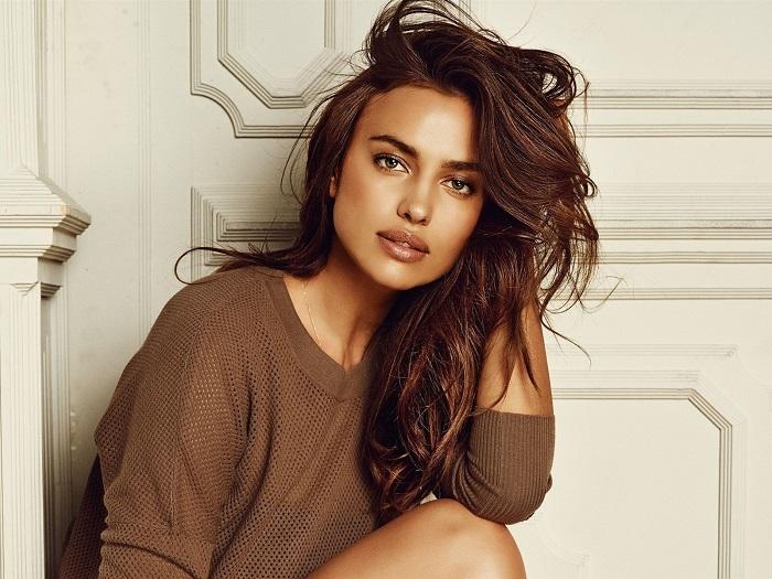 Талантливая девушка стала первой российской моделью, которой удалось попасть на обложку знаменитого журнала «Sports Illustrated Swimsuit Edition».