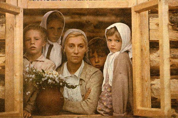 Яркая и эффектная, «не советского образца» внешность чуть было не лишила актрису роли простой крестьянки Веры Куркиной, которая была главной в фильме Николая Губенко.