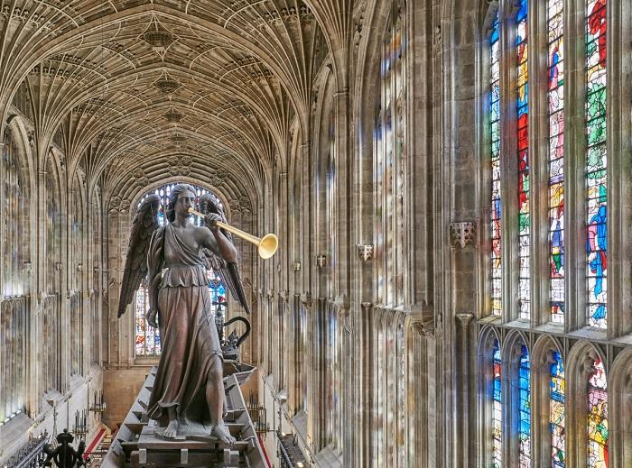 Финалист конкурса – фотограф Сара Роулинсон (Sara Rawlinson), запечатлевшая ангела-хранителя, который наблюдает за посетителями часовни более 480-ти лет