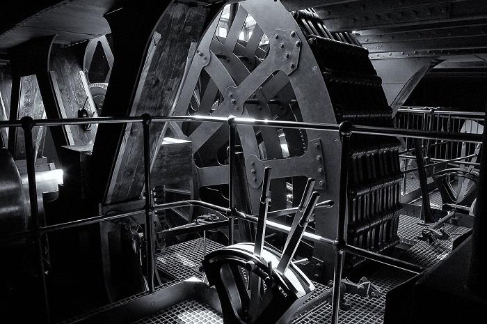 Финалист конкурса – фотограф Томас Бедсон (Thomas Bedson) с монохромным снимком важной части корабля-музея «Великобритания».