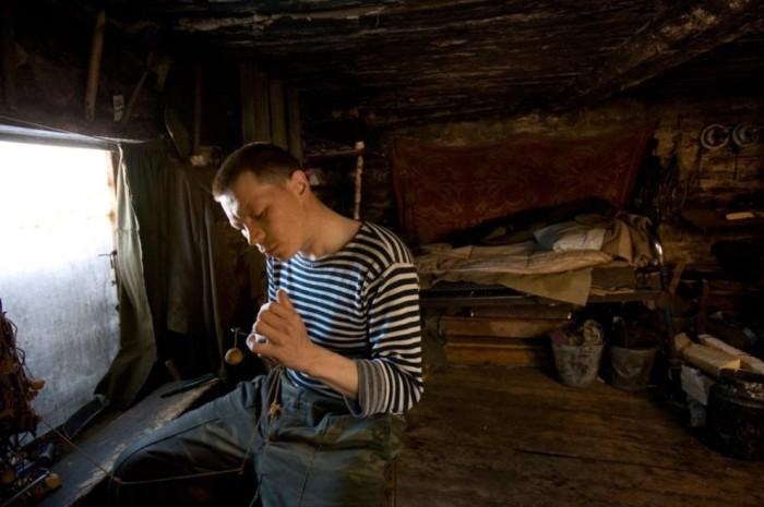 Жилище молодого безработного в поселке Ханты-Мансийского округа.