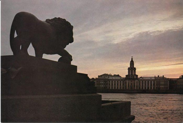 Принадлежит к числу немногих хорошо сохранившихся памятников русского зодчества первой четверти XVIII века.