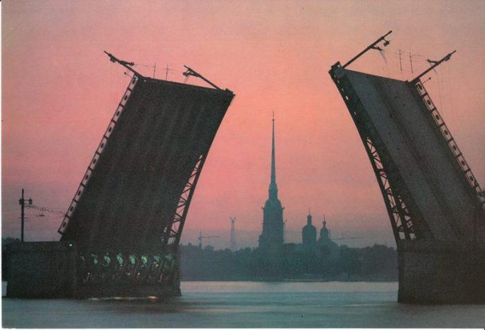 Набор открыток издательства «Планета».