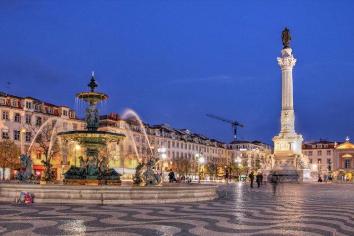 Главная площадь Лиссабона расположенная в исторической части города.