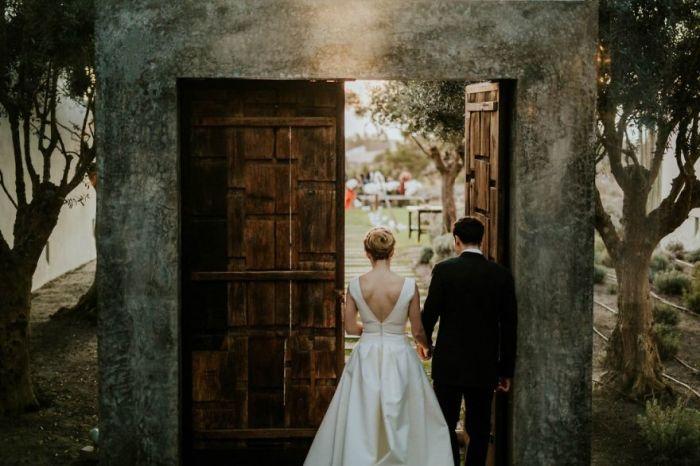 Двери ведут в новую жизнь. Автор фотографии: (Framers) Фреймерс.