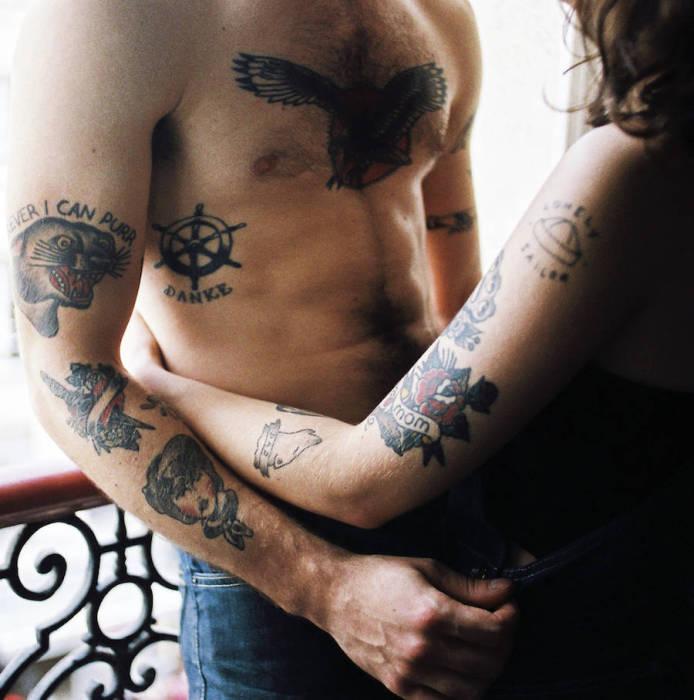 На любом участке тела можно выгравировать символы любимых тебе людей.