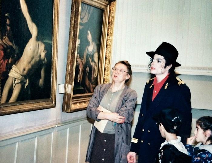 Майкл Джексон в государственном музее изобразительных искусств имени А.С. Пушкина.