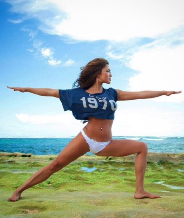 Мишель Лу Лань — идеальный инструктор йоги.