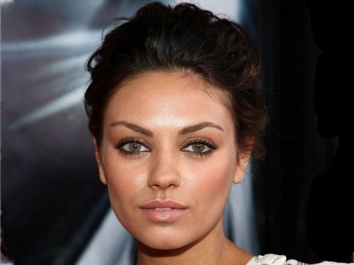 Визитной карточкой актрисы являются большие глаза разного цвета. /Фото: riasv.ru