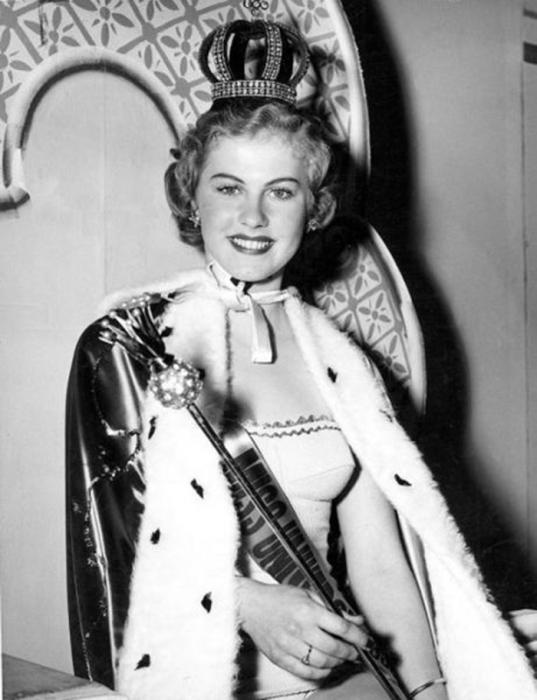 Финская фотомодель и актриса, победительница конкурса красоты «Мисс Вселенная 1952».